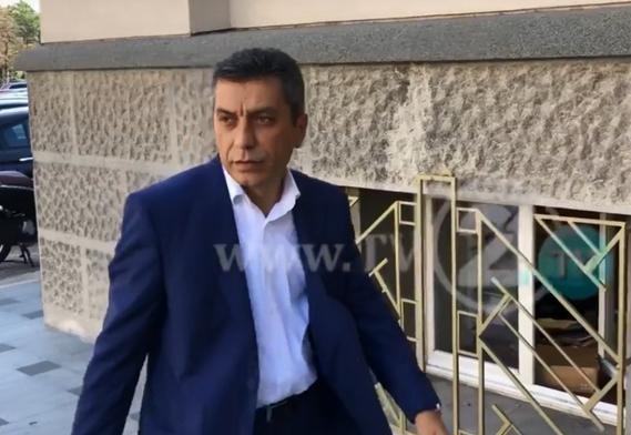Изет Меџити дојде во Собранието: Талат Џафери е најуспешниот спикер