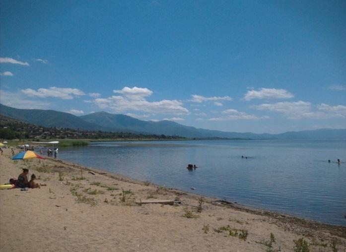 Се уште се трага по 16-годишното момче кое се удави во Преспанското езеро на Илинден