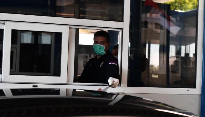 Од четврток во Србија ќе може да се патува без ПЦР тест