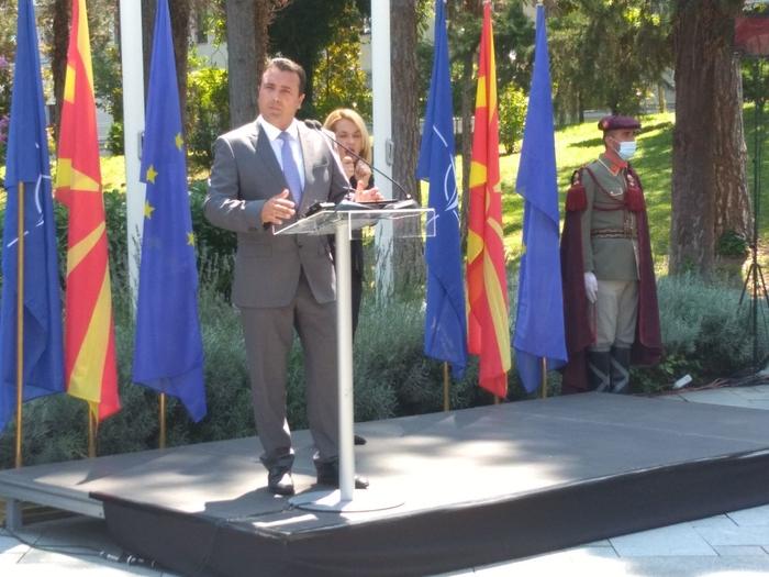 Заев најави дека ќе направи Влада: Постојат опции, но црвените линии мораат да бидат интересите на граѓаните