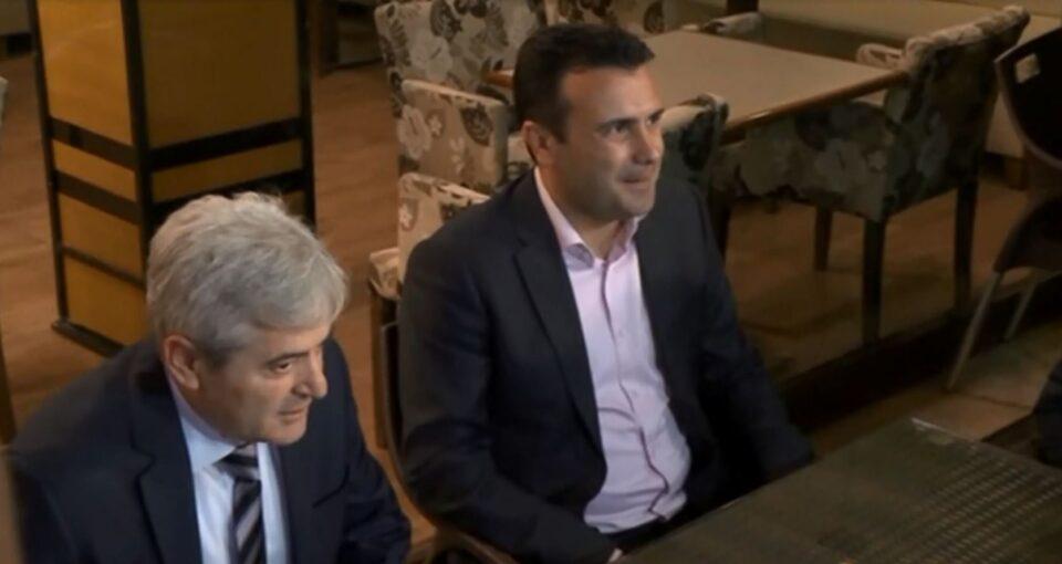Средбата на Заев и Ахмети во Собранието без договор