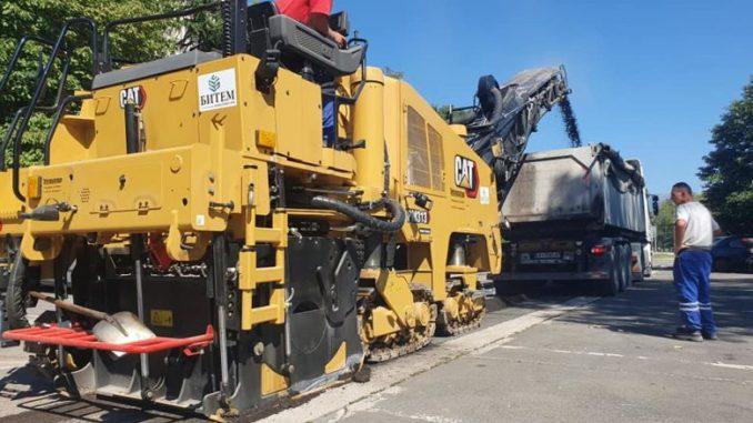 Се реконструираат паркиралиштата во населбата Јане Сандански