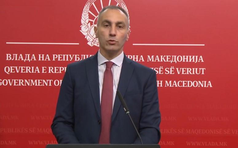 """(ВИДЕО) Опозицијата во Тирана тврди дека Артан Груби бил преведувач во """"Жолтата куќа"""""""