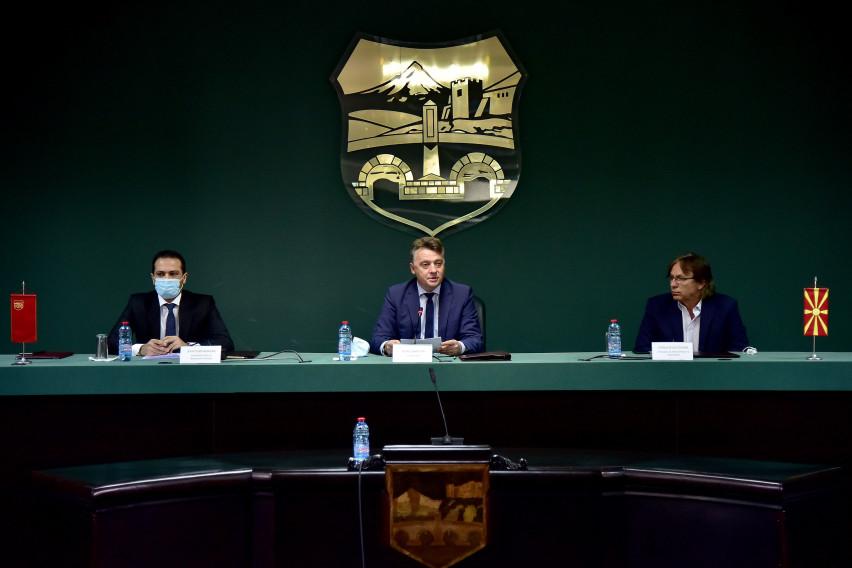 Потпишан договор за новиот ГУП: Шилегов во неговата визија го гледа Скопје како зелен град