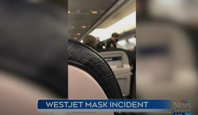 (ВИДЕО) Хаос во авион бидејќи дете не носело маска – таткото тврди дека екипажот бил агресивен