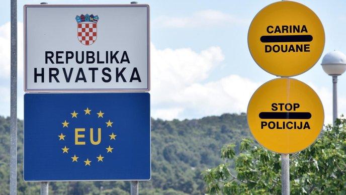 Хрватска ја продолжи забраната за премин на границата до 30 септември