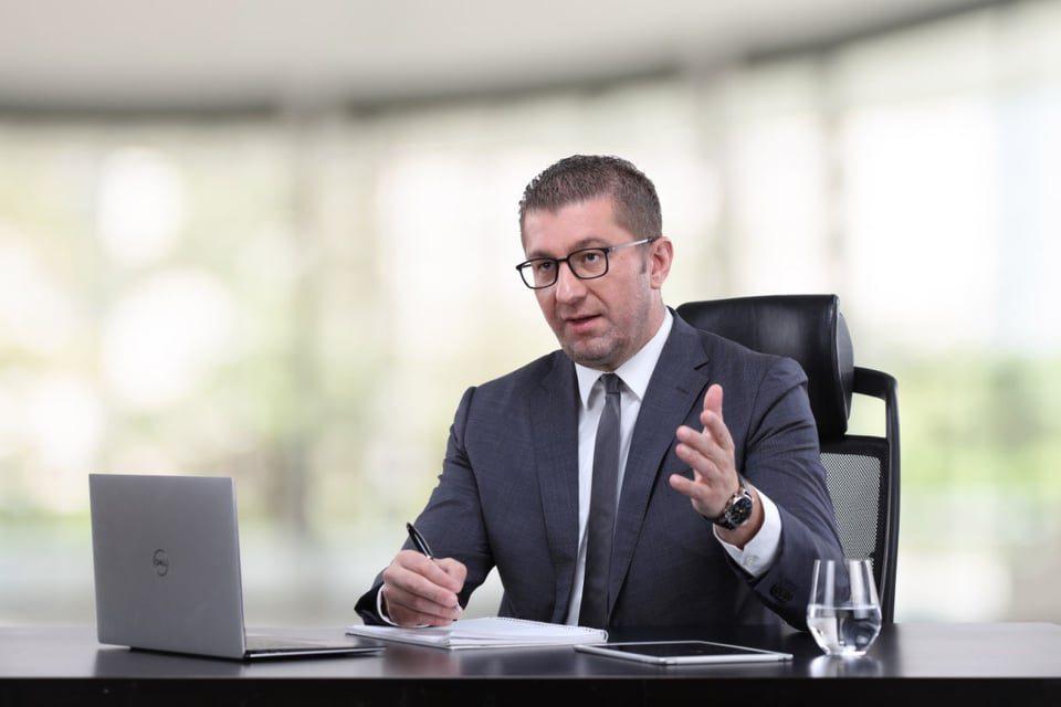 """Мицкоски: Пратеничката група на коалицијата """"За обнова на Македонија"""" во Собранието ќе гласа против одлуките за вонредна состојба"""