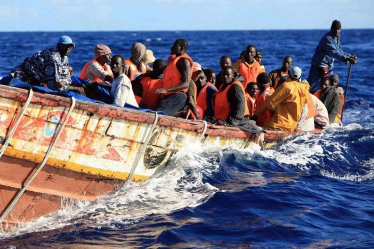 На грчкиот остров Крит пристигнаа околу 60 бегалци и мигранти