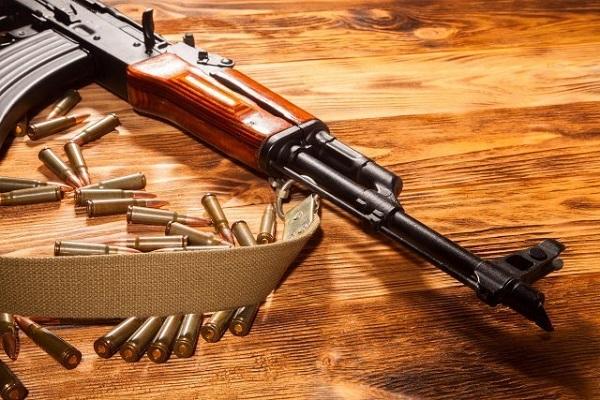 Скопјанец под истрага за пронајдени оружје, муниција и дрога