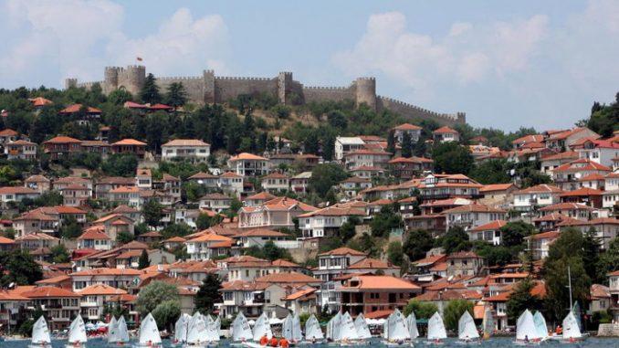 Сите основни и средни училишта од Охрид побарале физичка настава