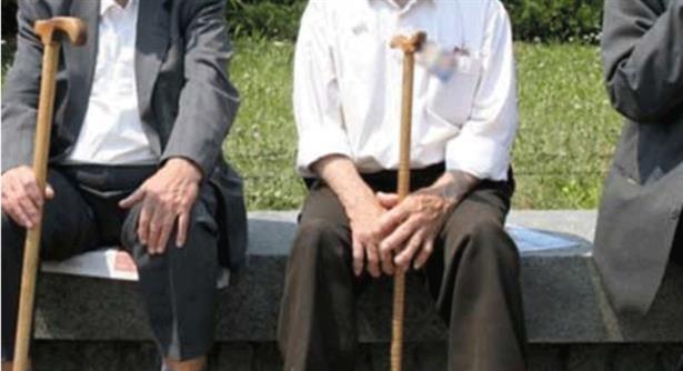 За откуп на стаж за предвременото пензионирање допрва ќе се разговара, вели Шахпаска