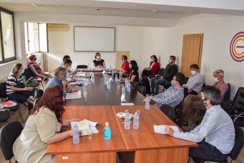 Синдикатите и работодавачите на средба со Шахпаска: Побрзо заокружување на содржината на новиот Закон за работни односи