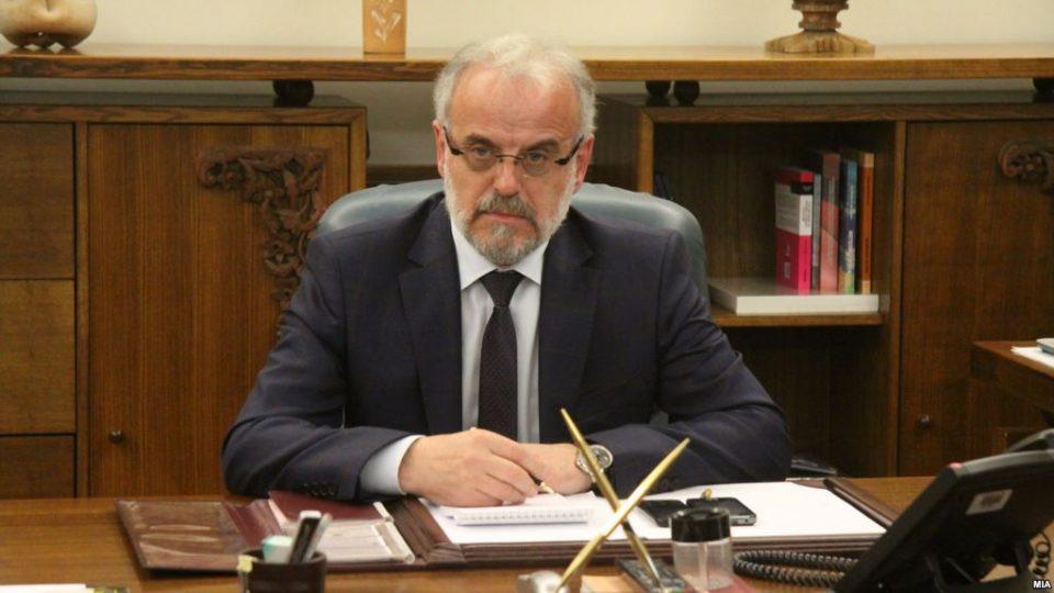 Министерот Талат Џафери ги брани Заев и Бујар од прашања