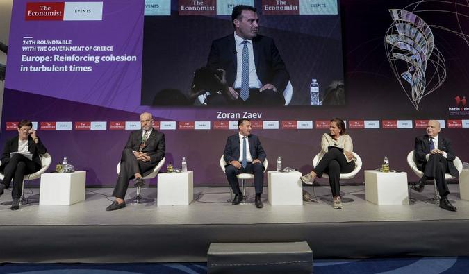 Весела математика: Спласна ли оптимизмот на Заев за траењето на преговорите за членство во ЕУ?!