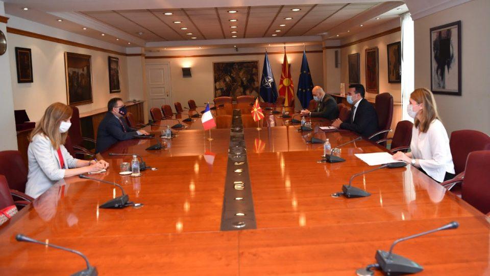 Заев – Тимоние: Важно е нашата држава да го задржи курсот напред на евроатлантскиот пат