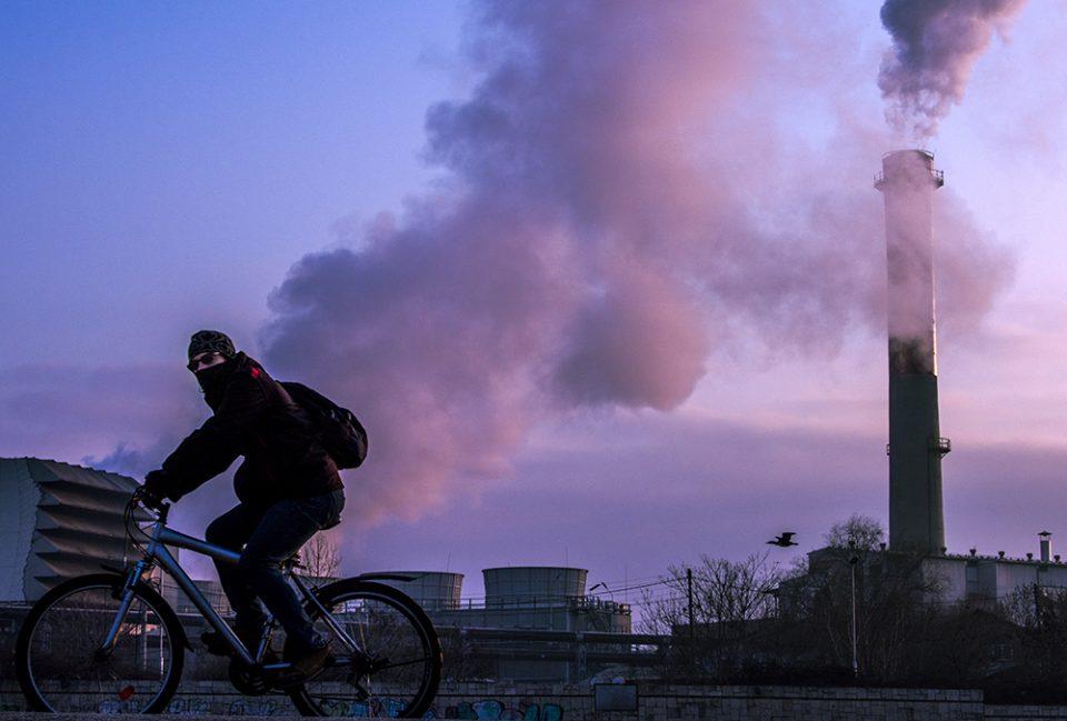 Стапуваат во сила посебни мерки поради загадениот воздух во Тетово, Куманово и Кавадарци