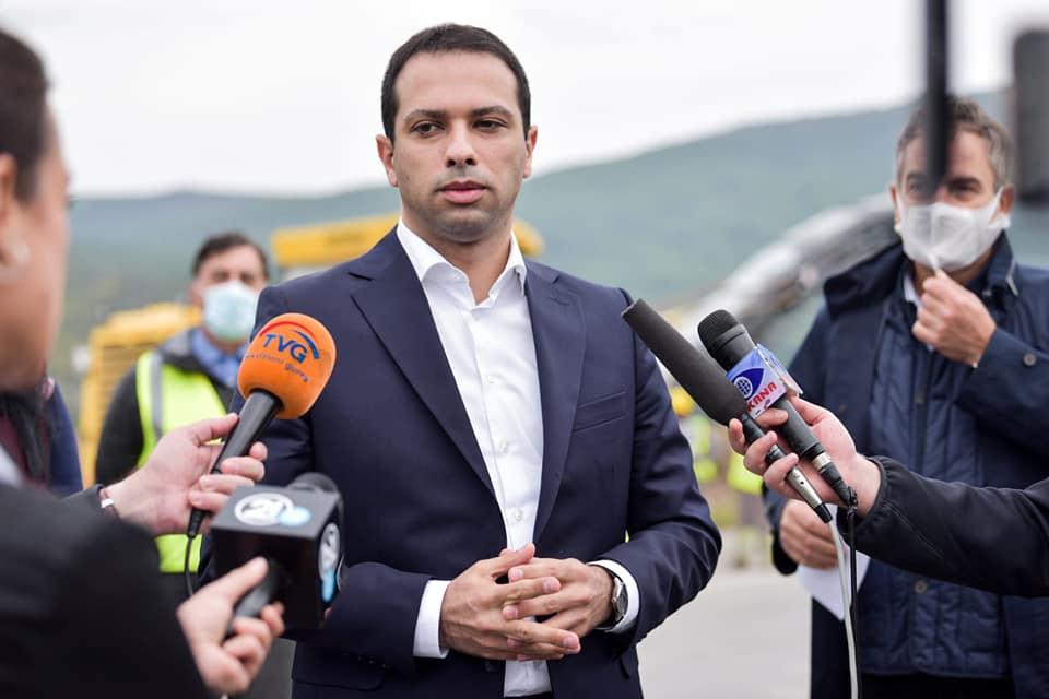 Министерот Бочварски оди во изолација
