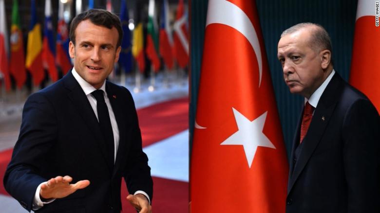 Не се смируваат односите меѓу Анкара и Париз, откако Ердоган повика на бојкот на француските производи