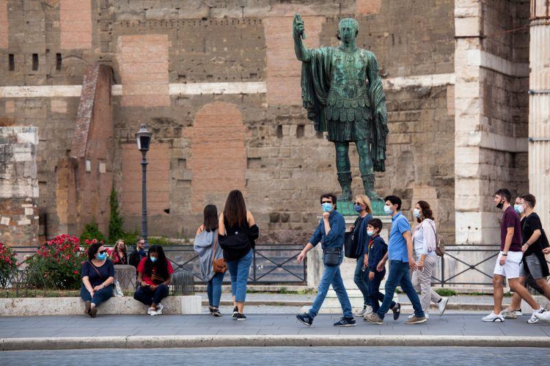 Италија со рекорден број новозаразени, повеќе од 19.000