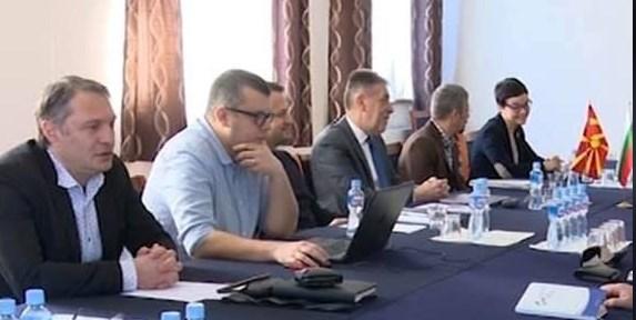 Тасевски: Апел до оние во нашата комисија која преговара со бугарската – Напуштете ги преговорите!