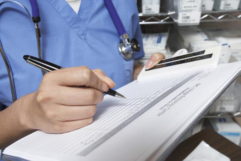 Се дискутира дали медицинските сестри од четврта година да стажираат во ковид центрите