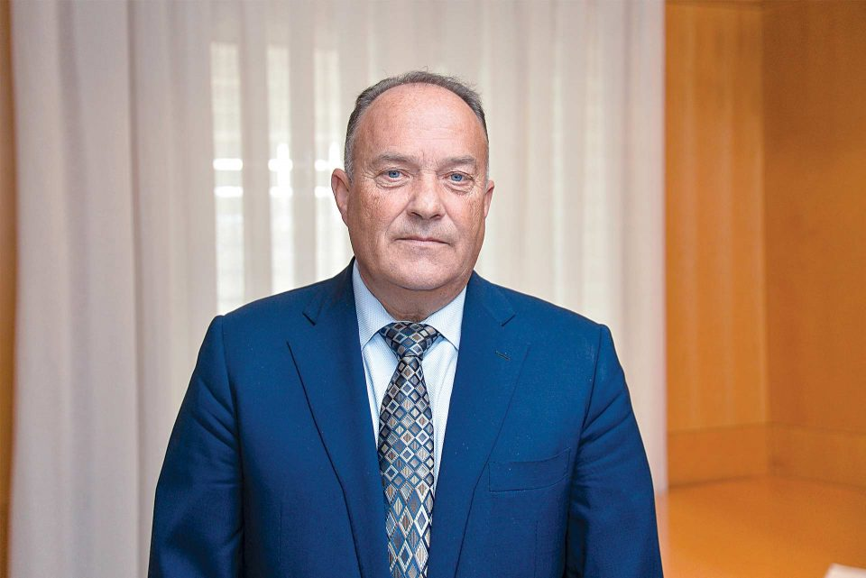 Косовските власти не му дозволија на српскиот министер Шарчевиќ да влезе во земјата