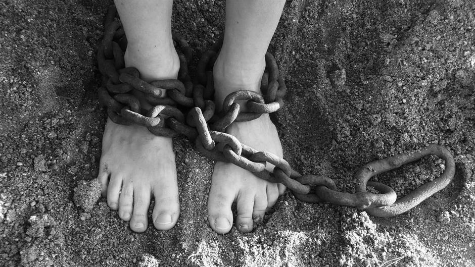 Над 29 милиони девојки и жени се жртви на модерното ропство