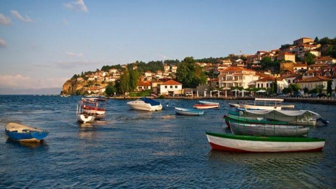 Се затвораат хотелите на охридското крајбрежје поради пандемијата