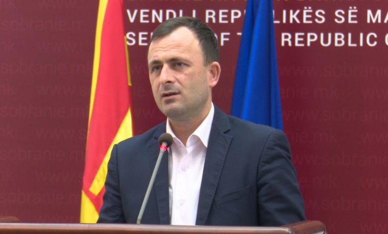 Митрески: Пратениците од СДСМ ги почитуваат протоколите пропишани од Комисијата за здравство