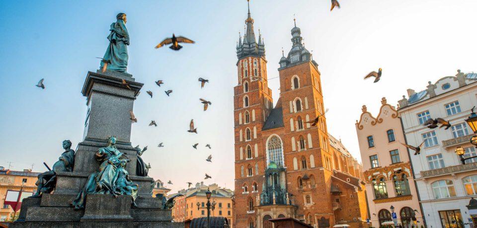 И во Полска нов црн рекорд – заразени 21.629 лица