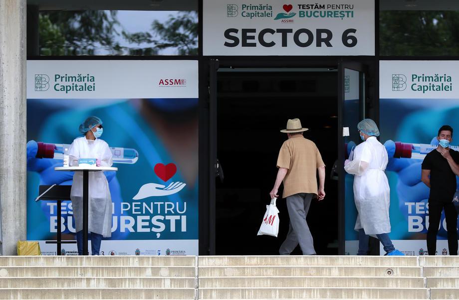 Поради пандемијата во Романија половина милион луѓе може да останат без работа