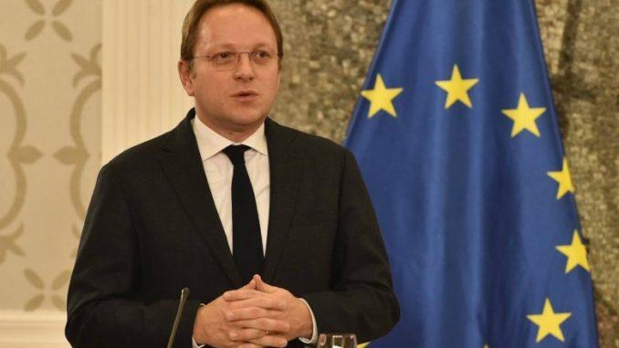 Вархеји: Албанија ги исполнува условите за ЕУ, а Македонија се уште не