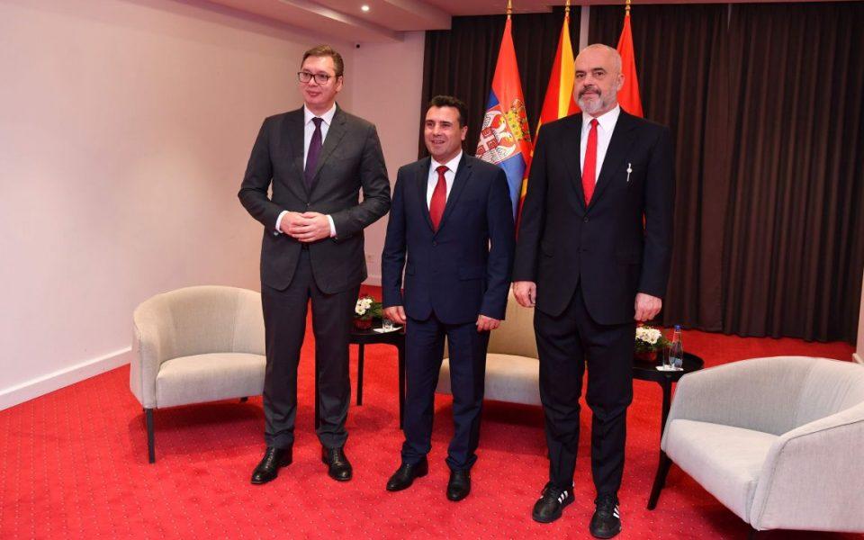 Македонија, Србија и Албанија утре ќе потпишат меморандум за соработка во борбата против Ковид-19