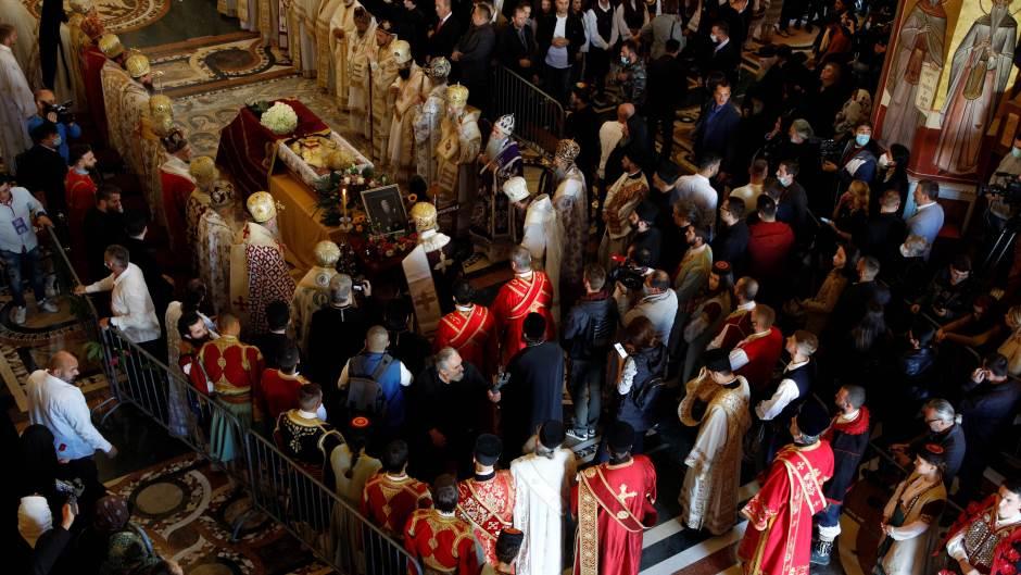 СПЦ: Патријархот Иринеј се чувствува добро