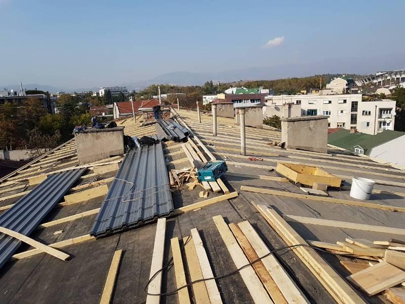 Општината Центар ќе кофинансира санација на лифтови и на покриви на станбени згради
