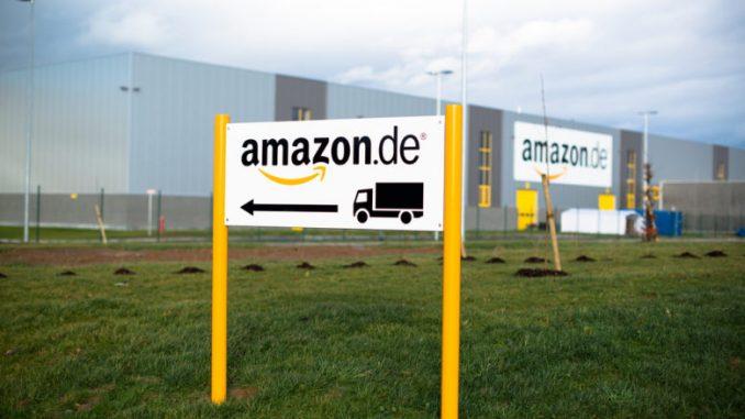 """Штрајк на вработените во """"Амазон"""" во Германија"""
