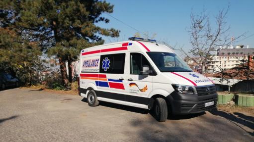 Штипската болница доби ново амбулантно возило – донација од Амбасадата на Германија