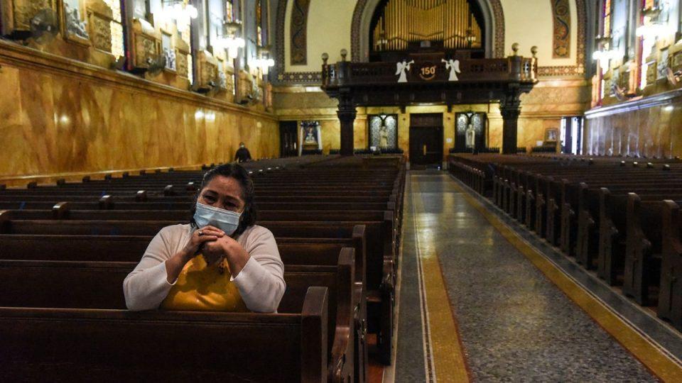 Врховниот суд застана зад црквите: Мора да прекинат рестриктивните мерки за верските објекти