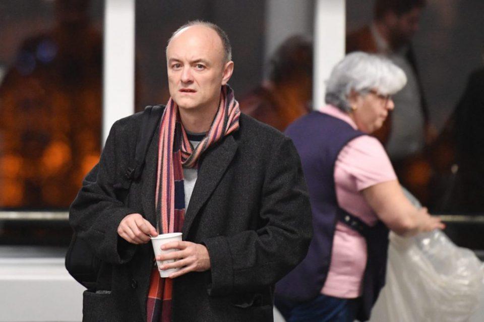 Најмоќниот советник на Борис Џонсон си замина од Даунинг стрит