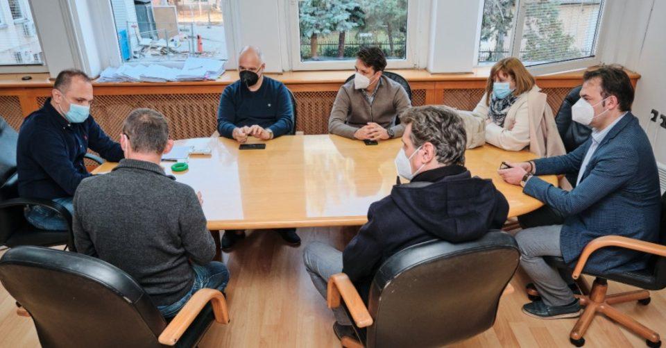 Филипче оствари средба со директорите на клиниките во Скопје