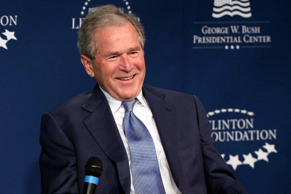 Џорџ Буш: Честитки за Бајден и Харис, но Трамп има право на пребројување на гласовите