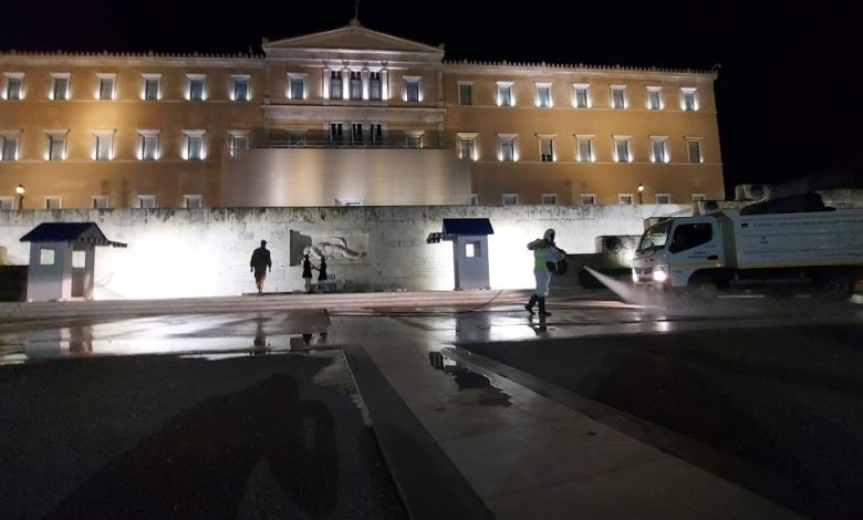 Во Грција регистрирани 1.388 нови случаи, починаа 84 лица од Ковид-19