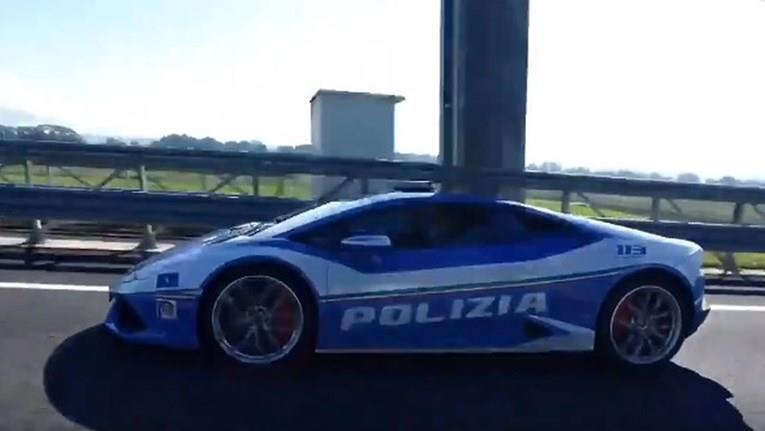 (ВИДЕО) Италјанска полиција возела до 325 километри на час за да однесе дониран бубрег