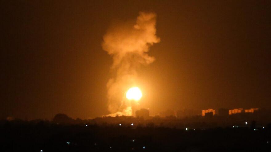 Од Газа испалени ракети кон јужниот дел на Израел, армијата возврати