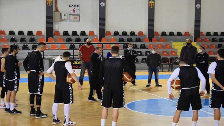 Македонската кошаркарска репрезентација со негативни тестови од Ковид-19 стартува на турнирот во Естонија