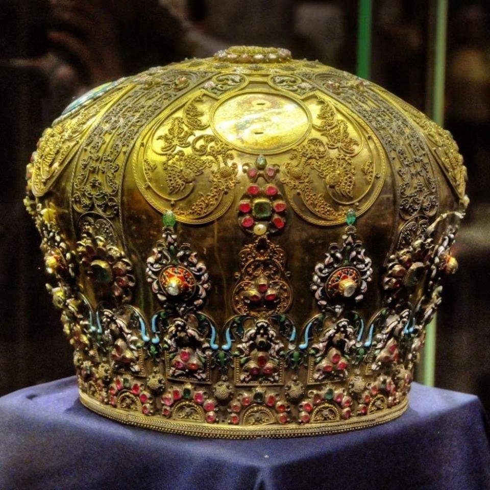 Димовски: А Софија да ја врати украдената круна на Охридската архиепископија