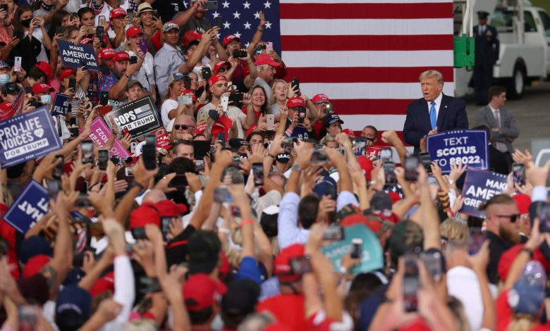 (ВИДЕО) Десетици илјади поддржувачи на Трамп го окупираа Вашингтон во исчекување на неговиот говор