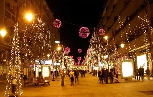 Шилегов не се откажува од новогодишно украсување: Скопје ќе биде украсено за Нова година до 5-ти декември