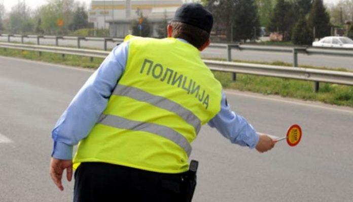 Полицијата казнила 334 возачи во Скопје