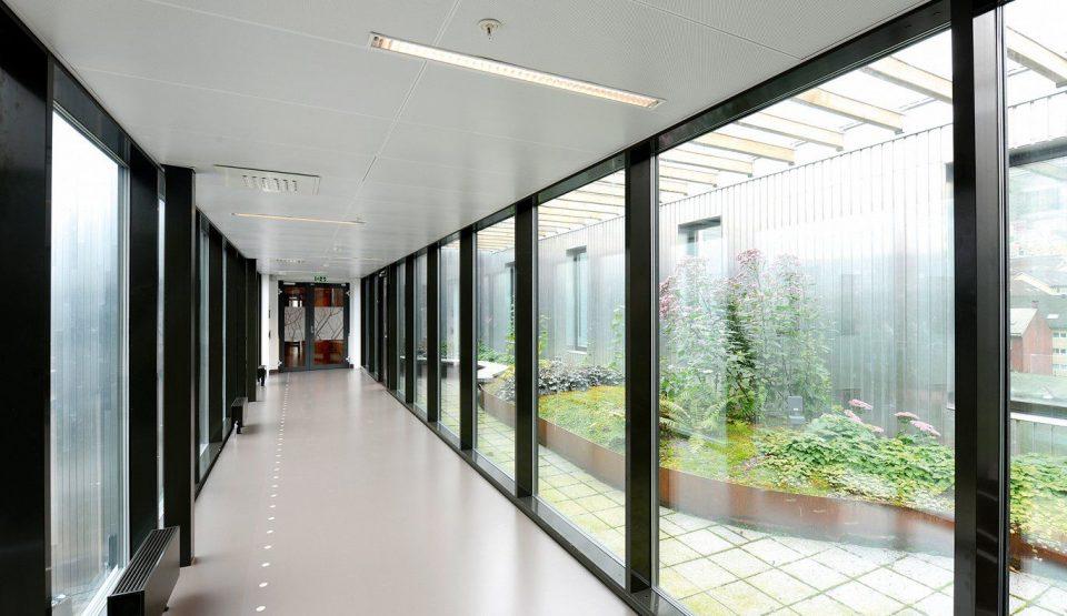 (ВИДЕО) Погледнете како изгледа државна болница во Норвешка
